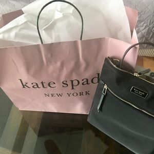 🌿 Kate Spade Dawn flat crossbody black nylon